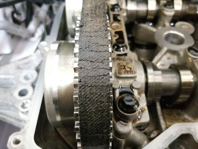 ремень грм с трещинами двигатель eb2